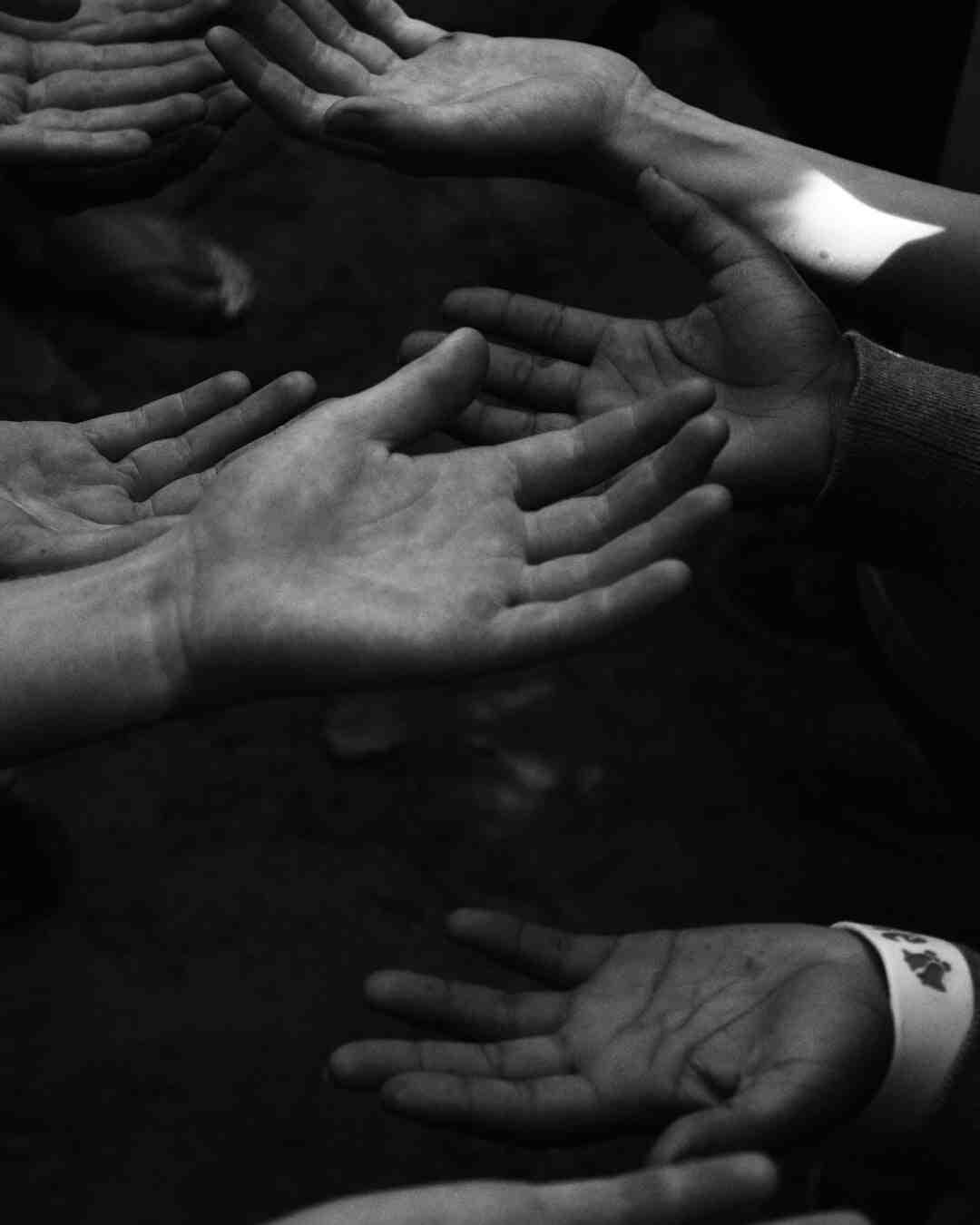 Comment traiter les mains moites